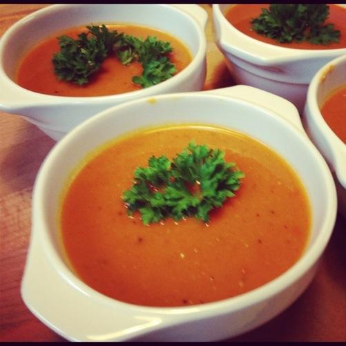 Grote Keuken Vijzel : Paprika-pompoen soep (ge?nspireerd door seitan is my motor )
