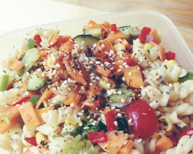 Zomerse Pastasalade |De Groene Keuken