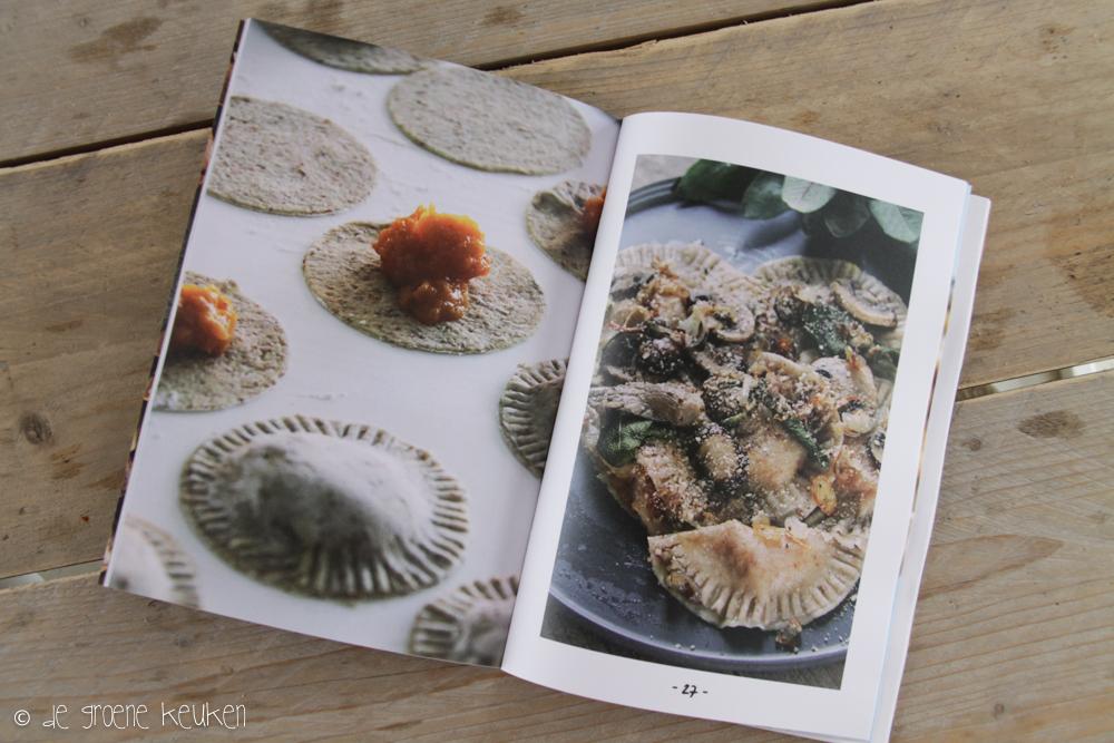 Groene Keuken Magazine : De Groene Keuken Magazine Herfst in papier – De Groene Keuken