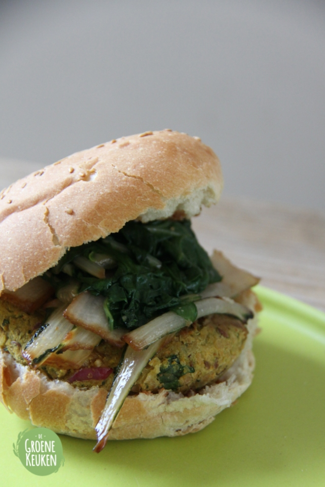 Asian inspired chickpea burger | De Groene Keuken