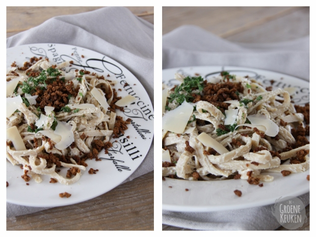Fettuccine Alfredo from The Happy Herbivore | De Groene Keuken